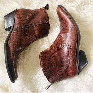 Gianni bini brown western style ankle boots size 8